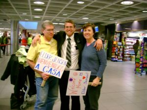 Bryan's Homecoming-Dublin Airport.JPG